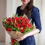 Услуга доставки цветов по России – плюсы нашего интернет-магазина