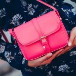 Сколько сумок должно быть у женщины?